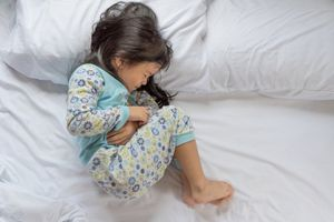 Cha mẹ nên làm gì khi con bị rối loạn tiêu hóa?