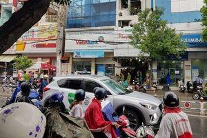 Lộ nguyên nhân tên cướp ngân hàng rồi thản nhiên ngồi đếm ở Sài Gòn