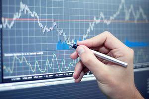 Ngân hàng dẫn sóng, VN-Index vẫn giằng co quanh tham chiếu