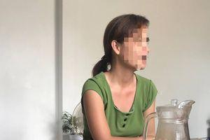 Vụ 42 người nhiễm HIV: Vợ y sĩ không dám ra khỏi nhà vì lời đồn đoán
