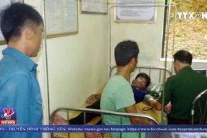 Biên phòng Quảng Ninh cứu 3 ngư dân gặp nạn trên biển