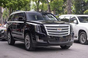 'Khủng long' Cadillac Escalade 2019 giá hơn 10 tỷ đồng tại Việt Nam