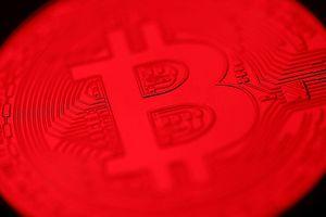 Thị trường tiền mật mã bị thổi bay 70 tỷ USD