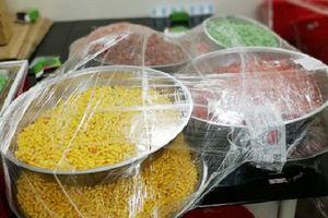 Thu giữ nguyên liệu sản xuất thực phẩm chức năng không đảm bảo ATTP