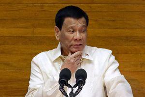 Trung Quốc bực tức trước chỉ trích của Duterte về Biển Đông