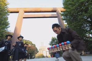 Ảo diệu màn tung hứng Kendama của người Nhật Bản