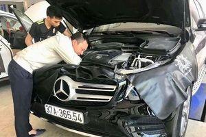 Khách hàng ồ ạt đi kiểm tra Mercedes GLC
