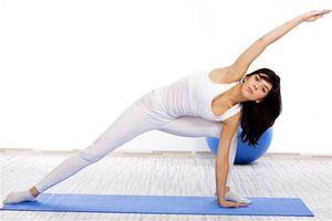 4 bài tập tăng cường sức khỏe toàn diện dành cho chị em ngoài tuổi 40