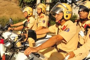 Công an Đồng Tháp ra quân đảm bảo trật tự an toàn giao thông