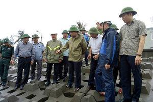 Bộ trưởng Nguyễn Xuân Cường kiểm tra công tác phòng chống bão số 4