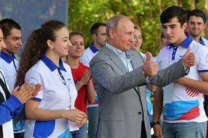 Cô giáo cũ của ông Putin: 'Cậu ấy rất nghịch ngợm và từng trốn tiết'
