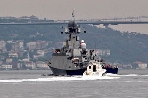 Chiến hạm mang Kalibr-NK đổ dồn về Syria