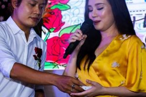 Không viếng mẹ Vy Oanh, nhạc sĩ 'Nhật ký của mẹ' trả lễ bằng cách này