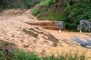 Mưa lớn gây sạt lở, huyện Mường Lát của Thanh Hóa bị chia cắt