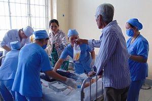 Truy sát 12 người thương vong: Sức khỏe 2 nạn nhân đột ngột xấu đi