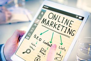 Robot giúp doanh nghiệp thắng thế trong cuộc chiến tiếp thị trực tuyến