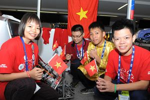 Học sinh Việt Nam dự giải robot thế giới 'First Global Challenge'