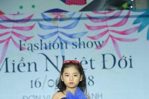 Bé gái 6 tuổi Hà Nội khiến dân mạng phát cuồng với thần thái chẳng khác nào model chuyên nghiệp