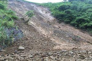 Sơn La: Mưa lớn sạt lở khiến đường tỉnh lộ 110 bị tê liệt