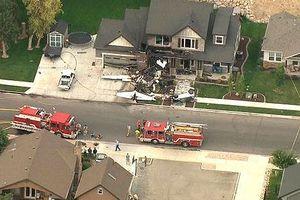 Sau cãi nhau với vợ, phi công lái máy bay đâm vào nhà tự sát