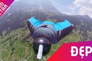 Nhiếp ảnh gia nhảy từ máy bay xuống quay lại vẻ đẹp núi non Thụy Sỹ