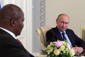 Nga quyết tranh ảnh hưởng ở châu Phi với Trung Quốc