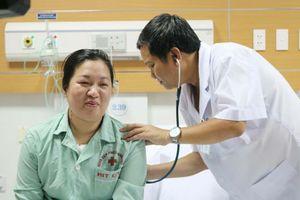 Sử dụng máy tim phổi nhân tạo trong phẫu thuật phổi