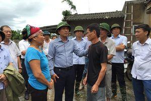 Chí Linh bị tốc mái 16 ngôi nhà do lốc xoáy