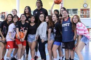 Hoạt động School Visit tại trường RMIT (TPHCM) của Thang Long Warriors