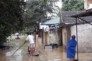 Thanh Hóa: Hàng nghìn hộ dân phải di dời do nước lũ lên cao