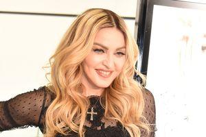 60 tuổi, Madonna vẫn sung mãn khó tin nhờ tập ngày 5 tiếng, ăn ngày 6 bữa