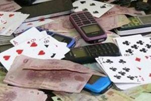 Đội trưởng Thanh tra giao thông bị khởi tố vì đánh bạc