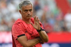 Mourinho: Man City giàu nhưng 'không mua được đẳng cấp'
