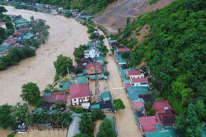 Nghệ An: Toàn cảnh huyện miền núi ở Nghệ An chìm trong biển nước