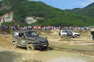 Lần đầu tiên tranh tài giải đua ôtô địa hình Korando tại Hà Tĩnh