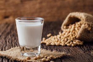 Củng cố xương từ sữa đậu nành