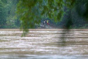 Hàng trăm người dân 'ốc đảo' Xuân Lũng, Lạng Sơn mong mỏi một cây cầu