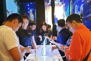 Đặt hàng trước Note 9 tại Thế Giới Di Động được tặng quà 5 triệu đồng