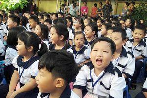 Hơn 1 triệu học sinh TP.HCM tựu trường năm học mới