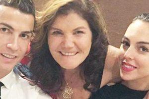 Lý do mẹ Ronaldo ngán ngẩm con dâu tương lai, phản đối chuyện kết hôn