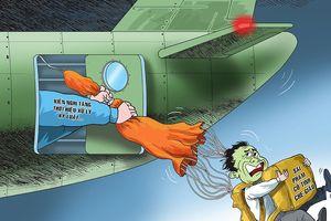 Công chức sai phạm 'hết cửa' hạ cánh an toàn ?