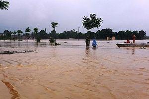 13 người chết và mất tích do mưa lũ sau hoàn lưu bão số 4