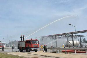 Diễn tập phương án phòng cháy chữa cháy tại kho chứa khí LPG Dung Quất