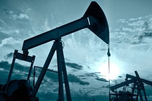 Nhu cầu dầu thô thế giới đang yếu dần