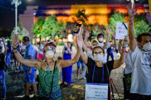 1.000 người liên quan vụ bạo lực người biểu tình