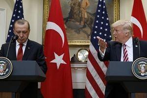 Thổ Nhĩ kỳ 'xuống nước', Mỹ vẫn quyết không nương tay