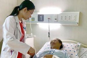 Nữ bệnh nhân gout xuất huyết tiêu hóa, suy kiệt vì tự ý điều trị 'bệnh khớp'