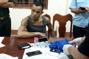 Truy đuổi đối tượng vận chuyển ma túy từ Lào vào Việt Nam