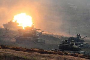 Nga-Trung tập trận quân sự lớn nhất từ thời Liên Xô, phương Tây náo động