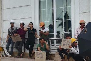 Hơn trăm công nhân bị nợ tiền công ở dự án dát vàng Đà Nẵng: Chủ đầu tư tìm cách đối thoại